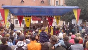 Pódia a stany Fotogalerie našich pódií a stanů